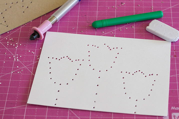 DIY postales de cartón bordadas  TOUS Baby